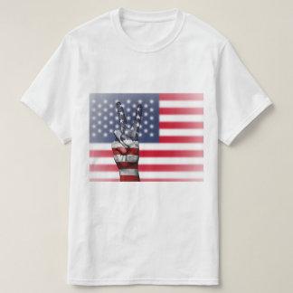 Camiseta Sinal de paz da bandeira americana - patriótico