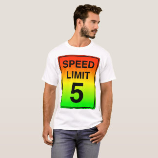 Camiseta Sinal do limite de velocidade 5 com cores do sinal