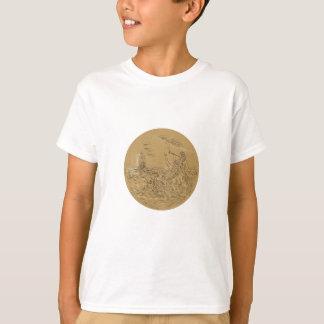 Camiseta Sirene na ilha que acena chamando o Dr. alto do