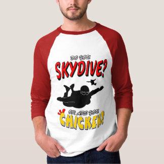 Camiseta Skydive ou galinha? (preto)
