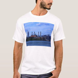 Camiseta Skyline de NYC East River: Arranha-céus & chaminés