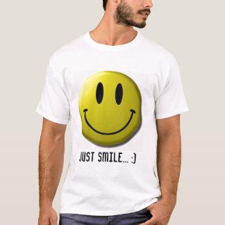 Camiseta smiley face, apenas sorriso…:)