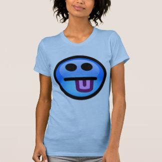 Camiseta Smiley face azul com a língua que cola para fora.