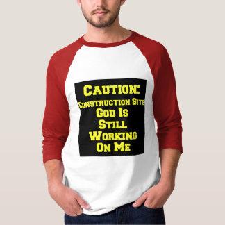 Camiseta Sob a construção