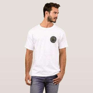 Camiseta Sobrevivendo à engrenagem PÁLIDA dos CAVALEIROS do
