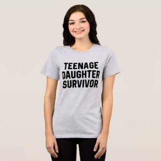 Camiseta Sobrevivente da filha adolescente do t-shirt de