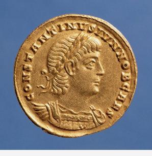 94cceac0597 Camiseta Solidus de Constantim II Caesar cuirassed