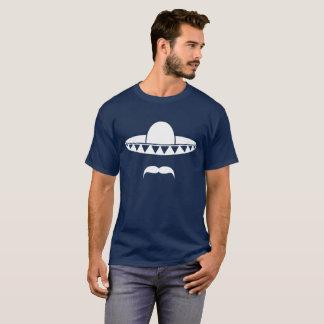 Camiseta Sombrero com uma barba