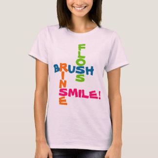 Camiseta Sorriso da lavagem de Floss da escova