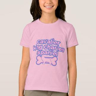 Camiseta Spaniel de rei Charles descuidado cor-de-rosa &