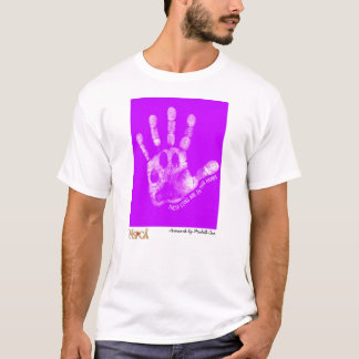 """Camiseta """"Suas vidas estão em nossas mãos"""" por Michelle Cox"""