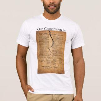 Camiseta Suspensão por uma linha