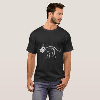 Camiseta T básico dos homens do gato de esqueleto