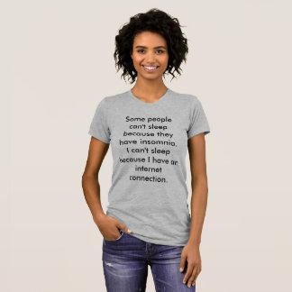 Camiseta T chanfrado do sono