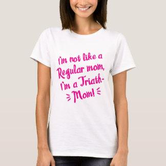 Camiseta T cor-de-rosa da Triath-mamã