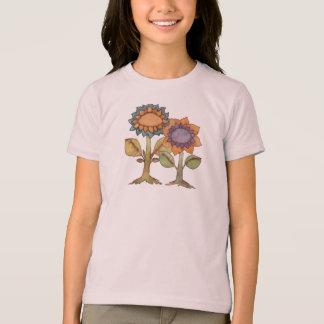 Camiseta T da flor - é hora de amar. Não espere