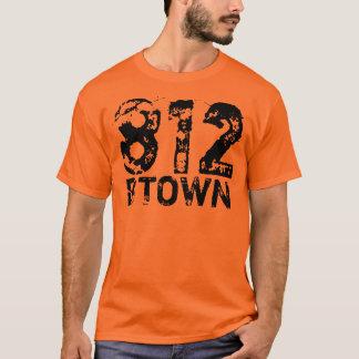 Camiseta T de 812 áreas