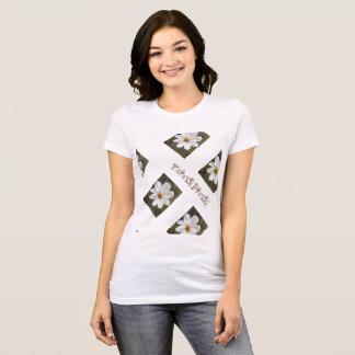 Camiseta T de flower power. flor