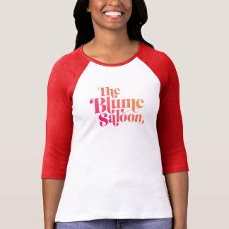 Camiseta T do acampamento do logotipo (branco/vermelho)