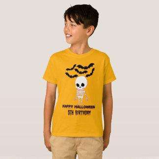 Camiseta T do aniversário do Dia das Bruxas de cinco