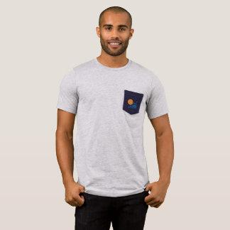 Camiseta T do bolso da torre de Netuno