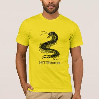Camiseta T do centípede
