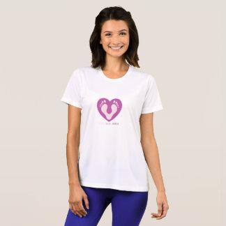 Camiseta T do concorrente do Esporte-Tek do coração da