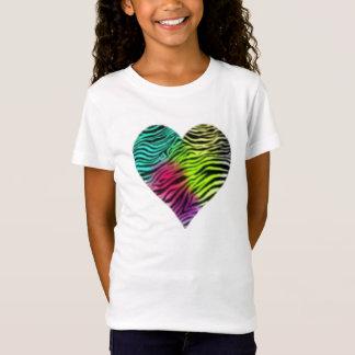 Camiseta T do coração da zebra do arco-íris