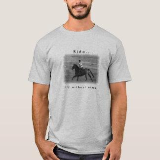 Camiseta T do esporte do amante do cavalo