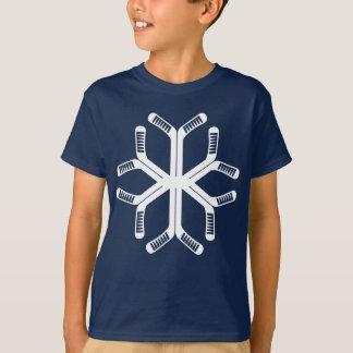 Camiseta T do floco de neve do Natal das varas de hóquei em