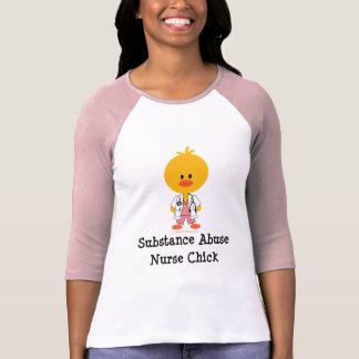 Camiseta T do Raglan do pintinho da enfermeira do abuso de
