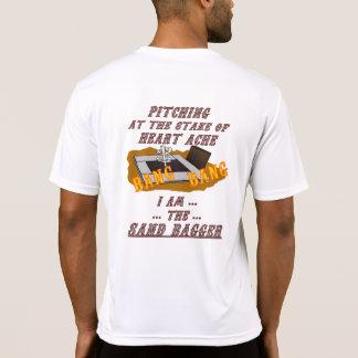 Camiseta T em ferradura do lançamento de Tek dos esportes…