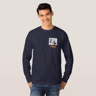 Camiseta T escuro da longo-luva