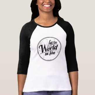 Camiseta T-Grupo do basebol o mundo no fogo