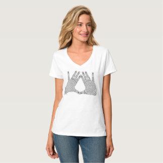 Camiseta t liso com design original da mandala