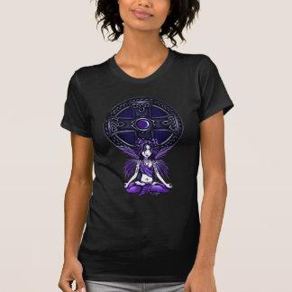 Camiseta T preto da boneca de Lotus do céltico