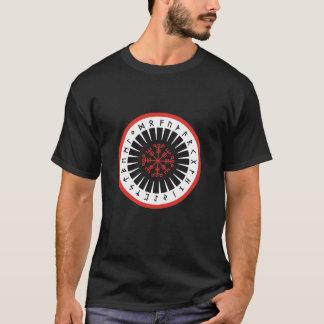 Camiseta t preto, parte dianteira mais calva do emblema da