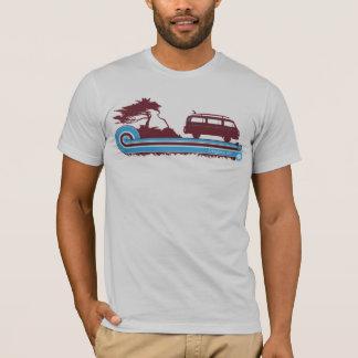 """Camiseta T retro do surf de """"Longboarder"""" no marrom & no"""