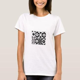 Camiseta T-shirt abstrato