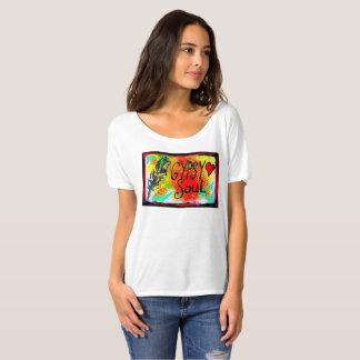 Camiseta T-shirt aciganado da alma com pena e coração
