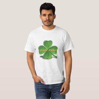Camiseta T-shirt afortunado do Dia de São Patrício