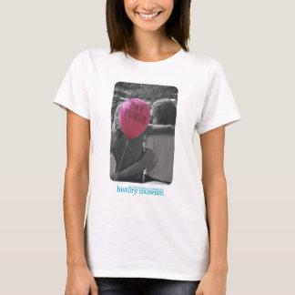 Camiseta T-shirt alegre do poder