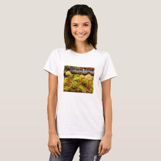 Camiseta T-shirt arrepiante da foto do cogumelo