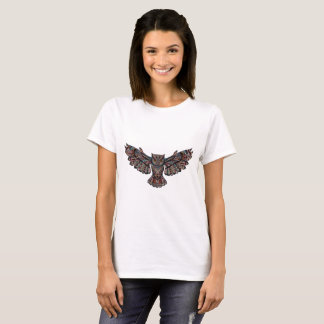 Camiseta T-shirt artística metálico da coruja