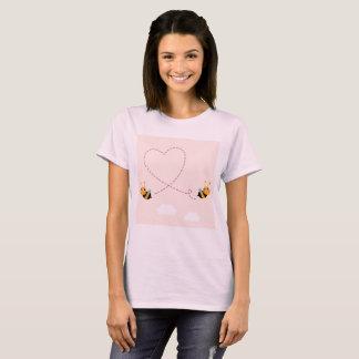 Camiseta T-shirt artístico Wedding com abelhas