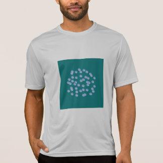 Camiseta T-shirt azul do desempenho de homens de bolinhas