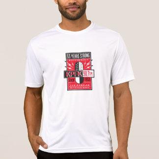 Camiseta T-shirt básico do aniversário de KPFK 55th
