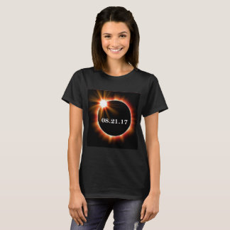 Camiseta T-shirt básico do eclipse das mulheres