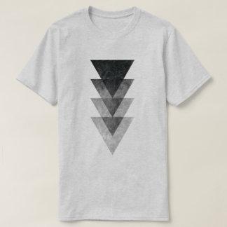 Camiseta T-shirt básico do logotipo do triângulo da cor da