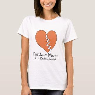 Camiseta T-shirt cardíaco dos corações quebrados da
